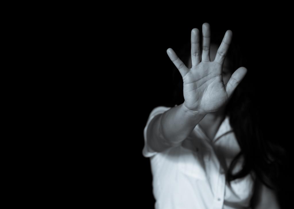Son muchas las barreras con lo que se encuentra una mujer con discapacidad mental víctima de violencia de género.